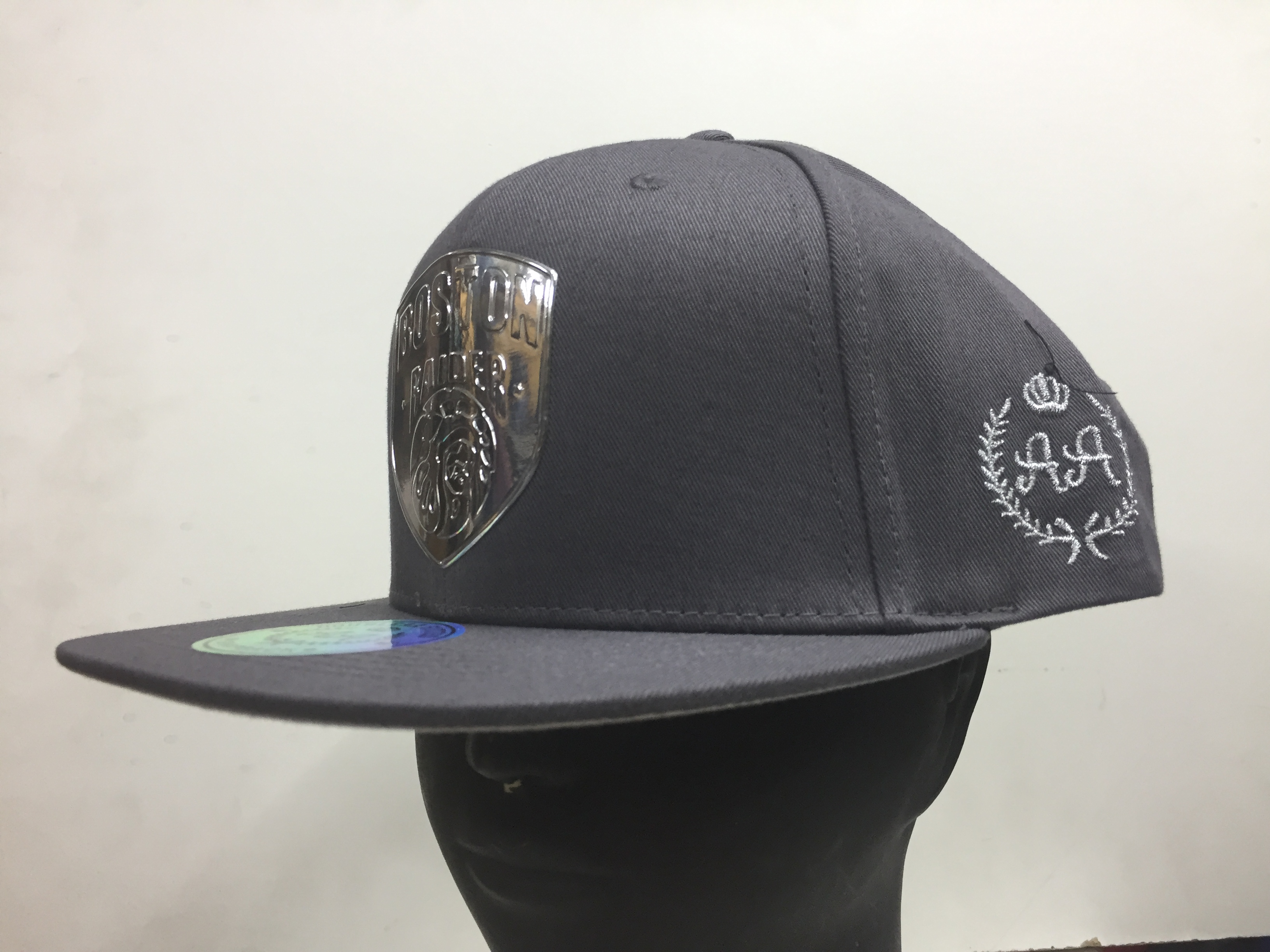DOBLE AA BOSTON RAIDER GRIS SNAPBACK - Gorrilandia cadcd488ee5